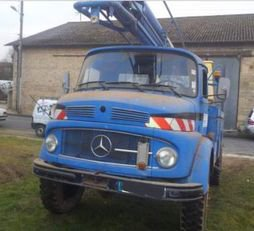 MERCEDES-BENZ 911 bucket truck in