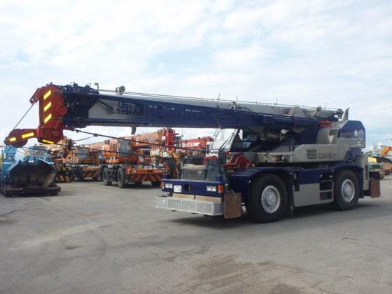 2002 TADANO GR250 mobile crane