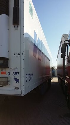 2011 SCHMITZ DOPPELSTOCK refrigerated semi-trailer