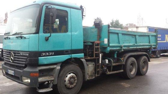 2000 MERCEDES-BENZ ACTROS 3331 dump