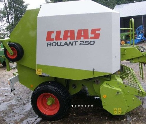 2006 CLAAS Rollant 250 round