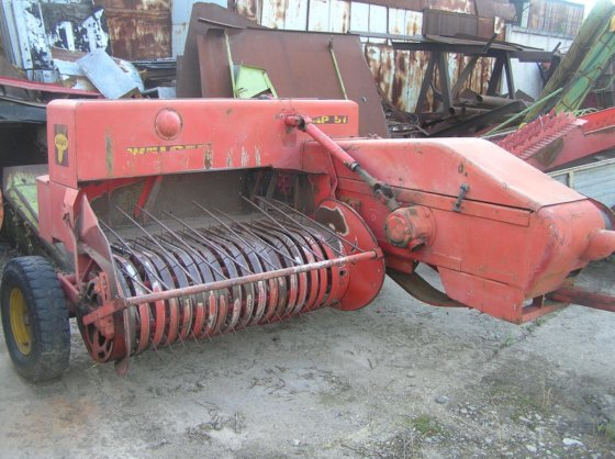WELGER 51 square baler in