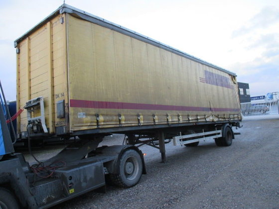 2001 KRONE tilt semi-trailer in