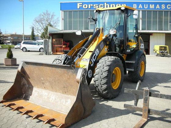 2013 JCB 409 Vorführmaschine m.Herstellergarantie