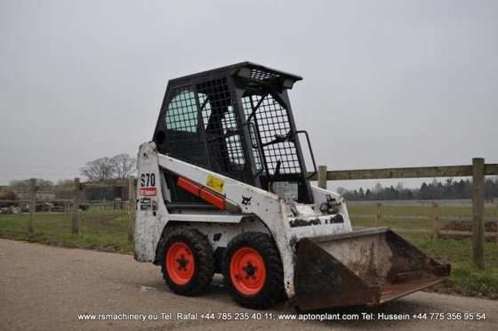 2009 BOBCAT S70 skid steer