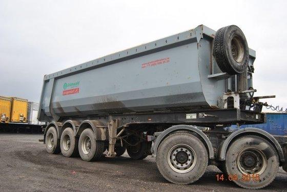 2011 GRUNWALD tipper semi-trailer in