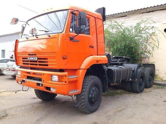 KAMAZ 65225-22 tractor unit in