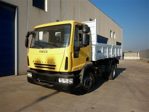 2008 IVECO AUTOCARRO dump truck