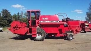 2002 MASSEY FERGUSON 440 combine-harvester