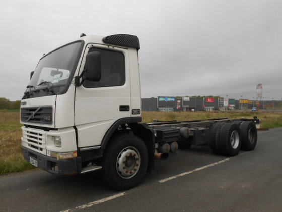 2001 VOLVO FM12.380 chassis truck