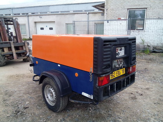 2007 COMPAIR C62-G compressor in