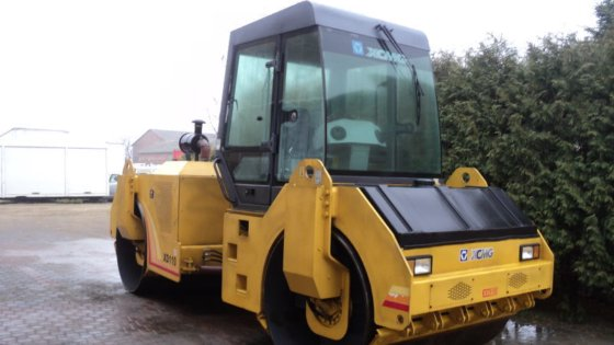 2008 XCMG XD110 road roller
