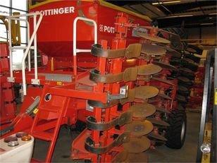 PÖTTINGER 6M mechanical seed drill