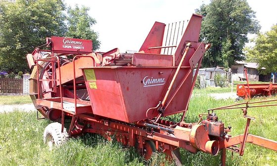 1998 GRIMME JUNIOR potato harvester