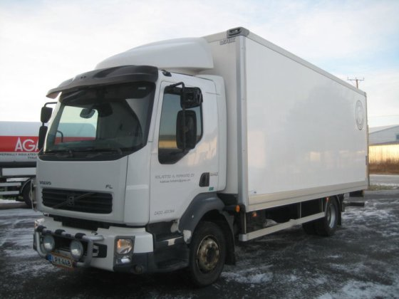 2007 VOLVO FL12.240 closed box