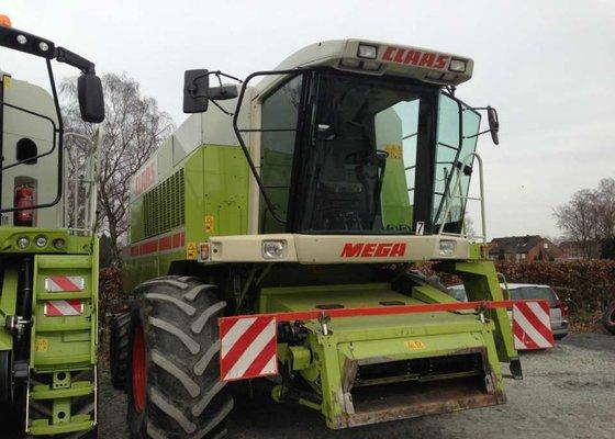 1996 CLAAS MEGA 218 combine-harvester