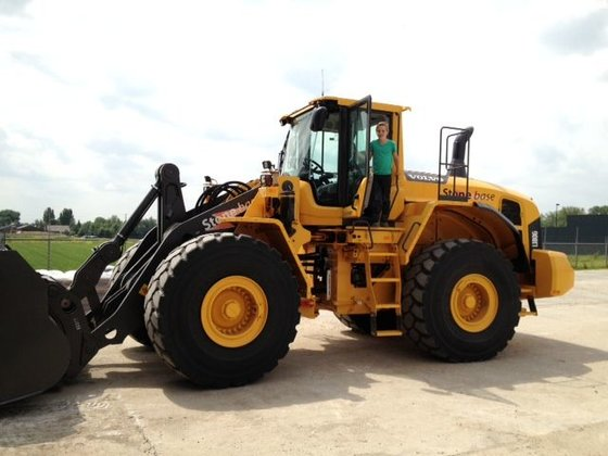 2013 VOLVO 180G wheel loader