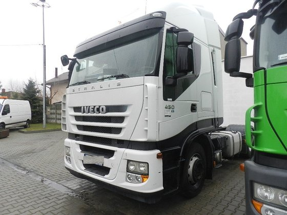 2011 IVECO STRALIS AS 440S45