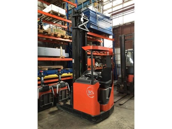 2006 BT RRB3 reach truck