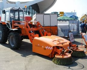BelDT 8002 road sweeper in
