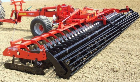 QUIVOGNE Diskator SL700 harrow in