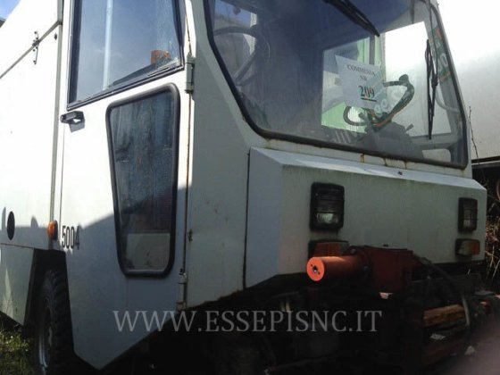 UNIECO 4000 road sweeper in