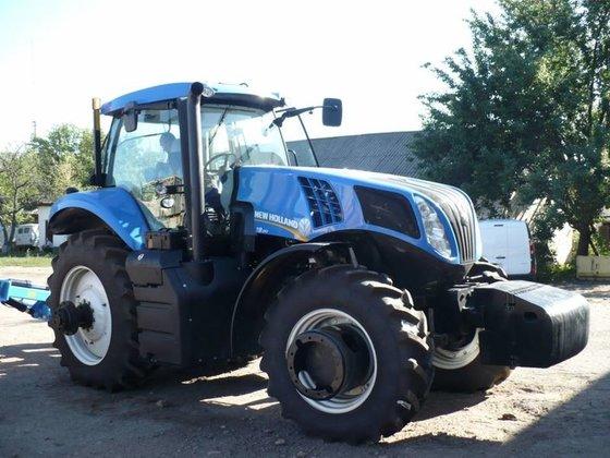 2012 HOLLAND 8.390 wheel tractor