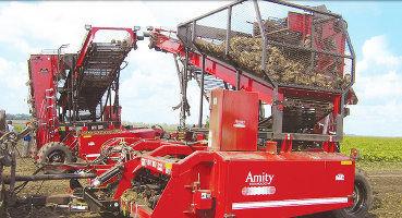 2005 WIC beet harvester in
