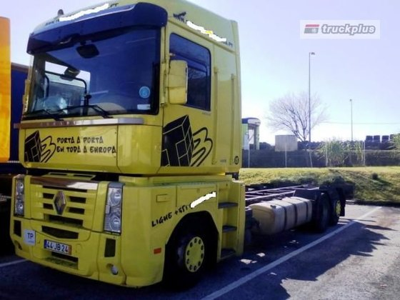 2010 RENAULT MAGNUM 440 chassis