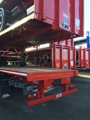 2015 SDC flatbed semi-trailer in