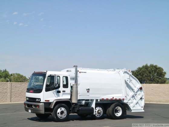 1999 GMC T8500 with McNeilus