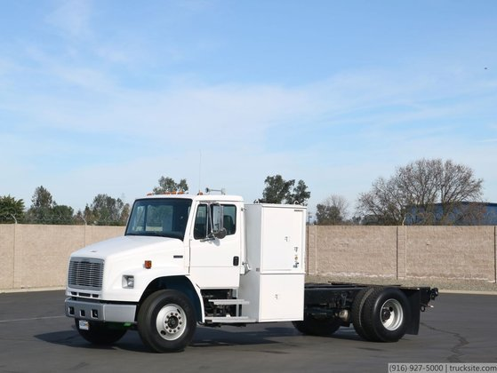2005 Freightliner FL70 CNG Powered