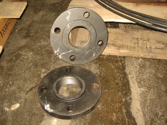 """2.5"""" Threaded Flanges 2381 in"""