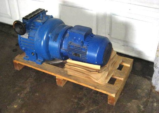 11.5 hp (8.6kw) Variable Speed
