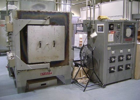 Harrop Electric Batch Kiln 2456