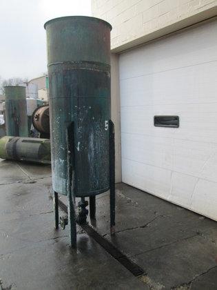 300 gallon Vertical Tank, steel