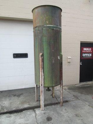 300 gallon Vertical Tank 2851