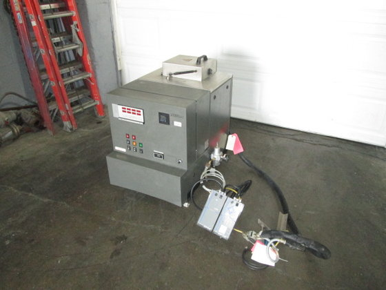 Nordson Reactive Hot Melt Applicator,