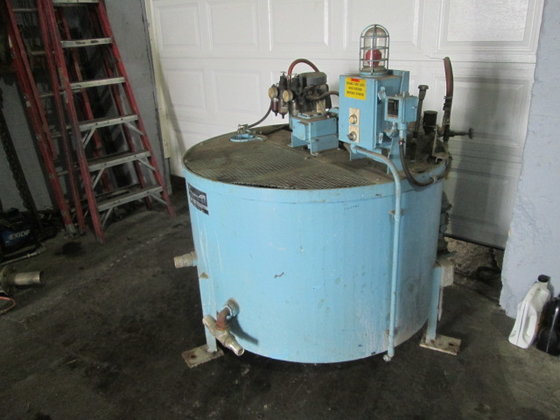 240 gallon Carbon Steel Vertical