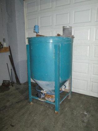275 gallon Hopper 3118 in