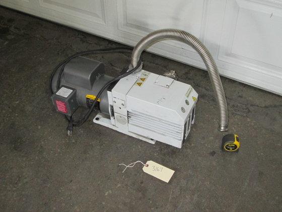 1.5 hp Leybold Vacuum Pump