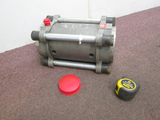 Max Machinery Helical Rotor Flowmeter,