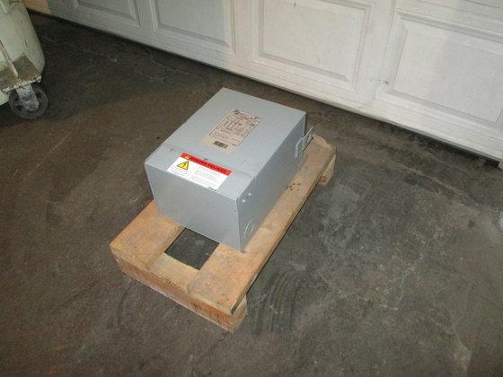 7.5 KVA Hammond Power Solutions