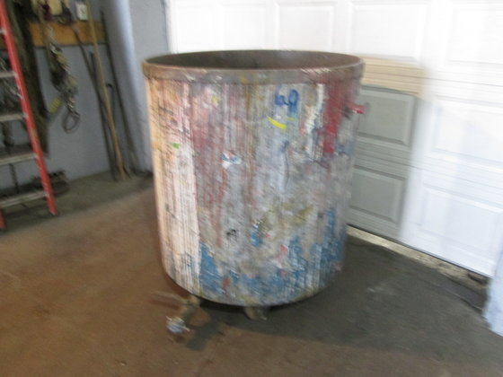 250 gallon Steel Tank, open