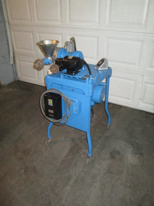 used Mikropul Pulverizer 3279 in