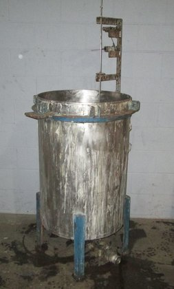 Stainless steel tank 3302 in