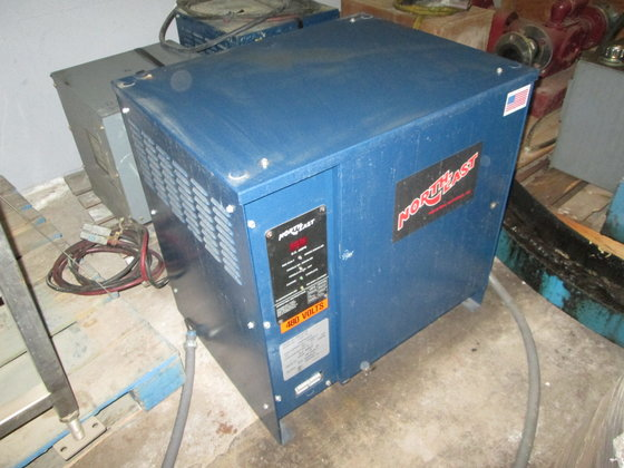 Northeast Battery Charger 3323 in