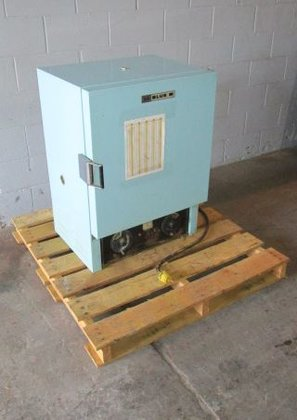 Blue M Oven 3340 in