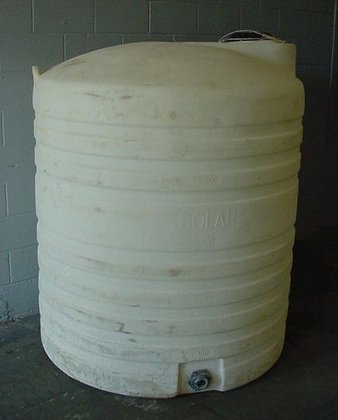 500 gallon Poly Tank, overall