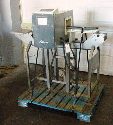Stearns Metal Detector 1269 in